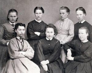 Ryhmäkuva Jyväskylän seminaarilaisista