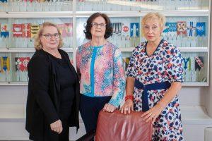Kaupunginvaltuuston puheenjohtajisto: Sirkka Tenhunen, Sisko Linna ja Maria Kaisa Aula